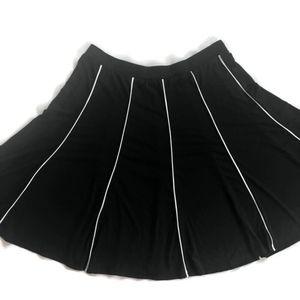 Avenue Size 18/20 Black Knit Stretch A Line Skirt